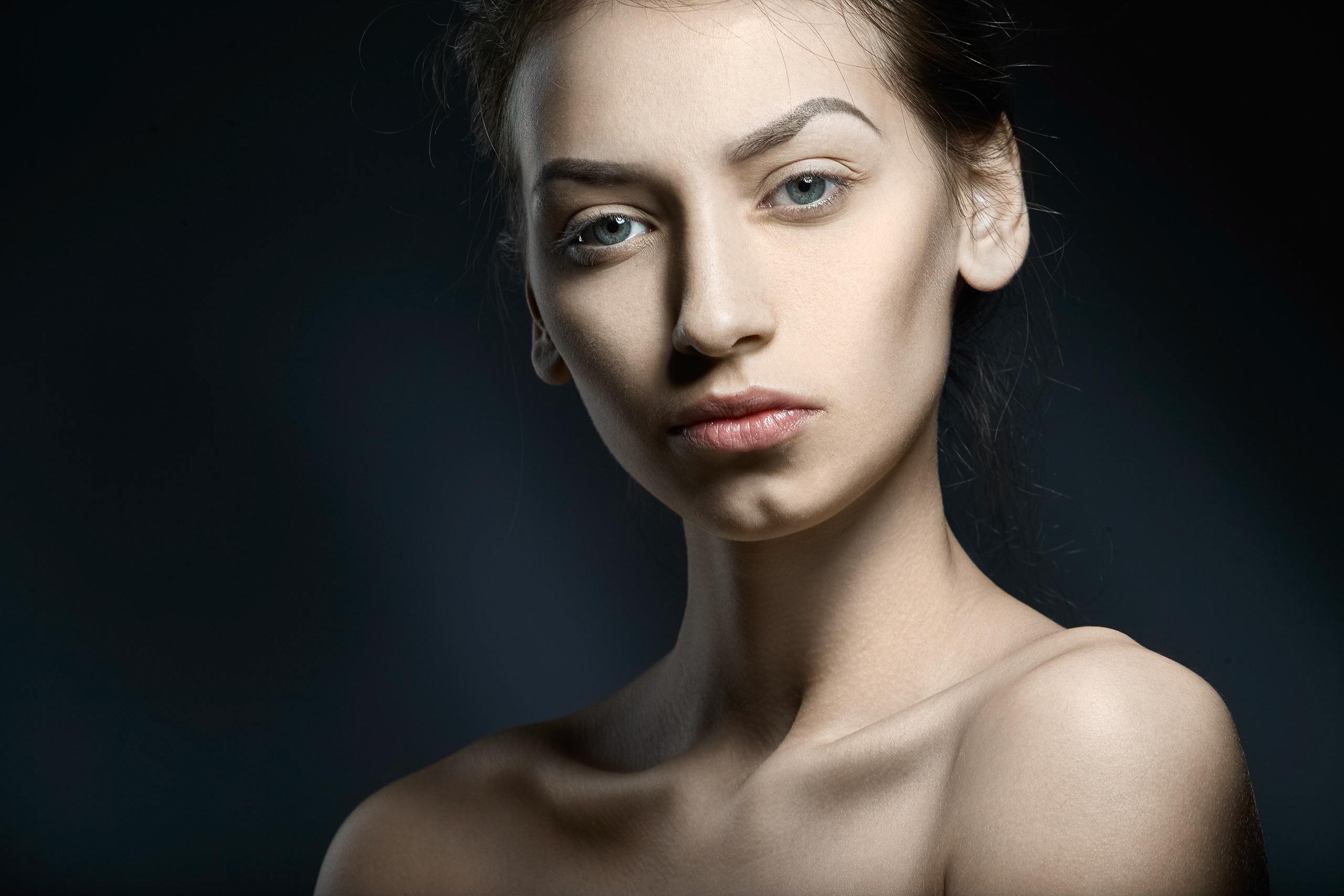 оформлении окон для практики портретной фотографии ищутся модели размещения